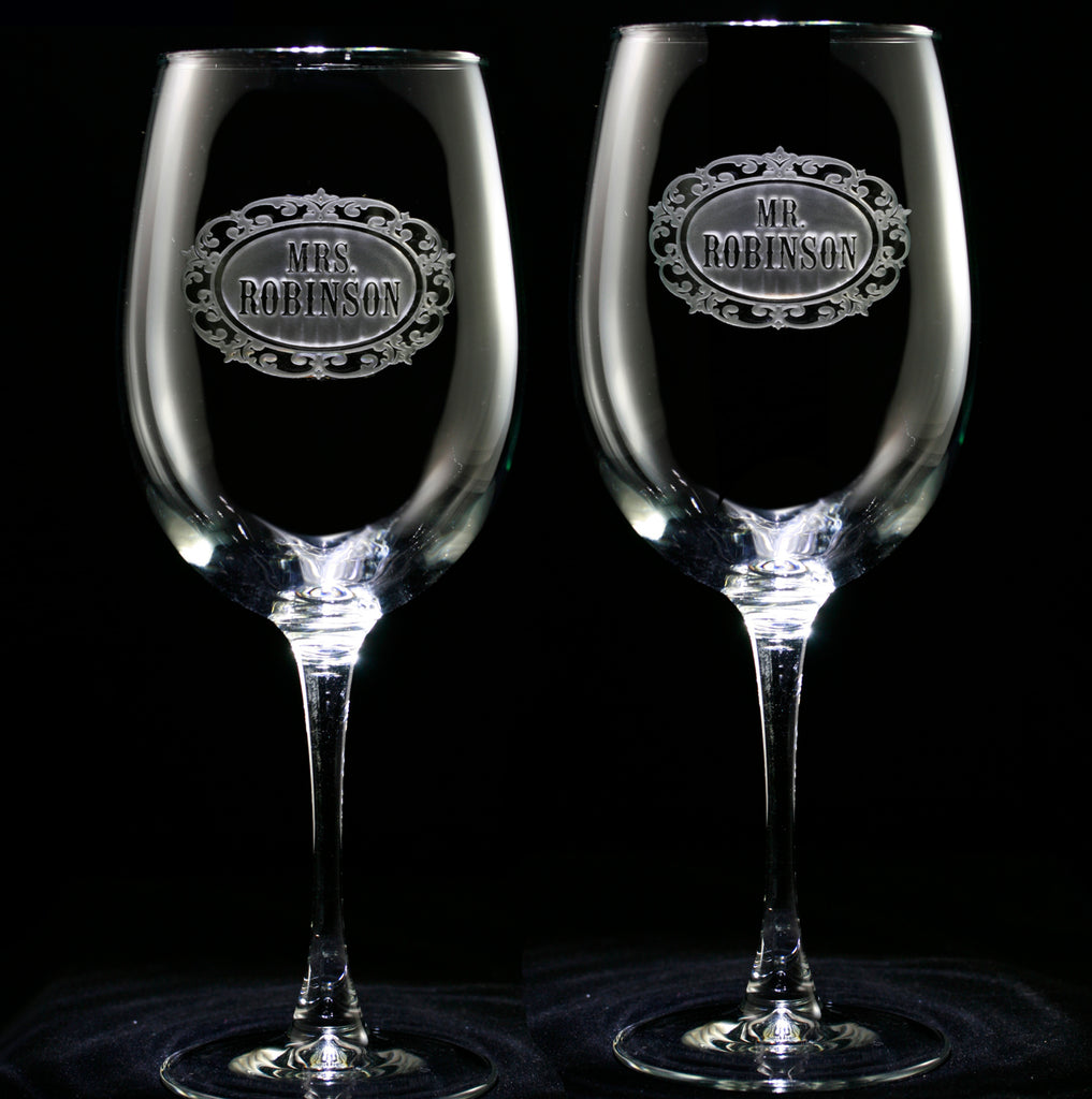 Mr. and Mrs. Wine Glass Set
