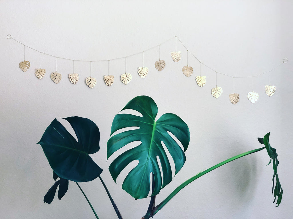 Monstera Garland