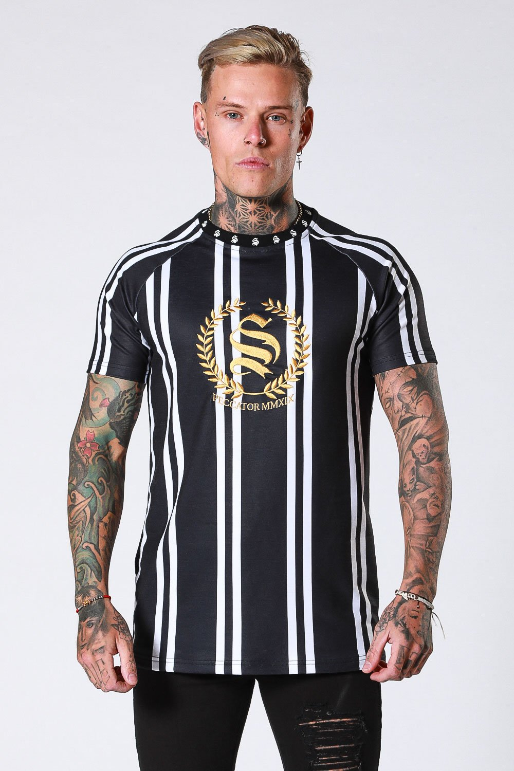 CREST STRIPE TEE - BLACK BY SINNERS ATTIRE
