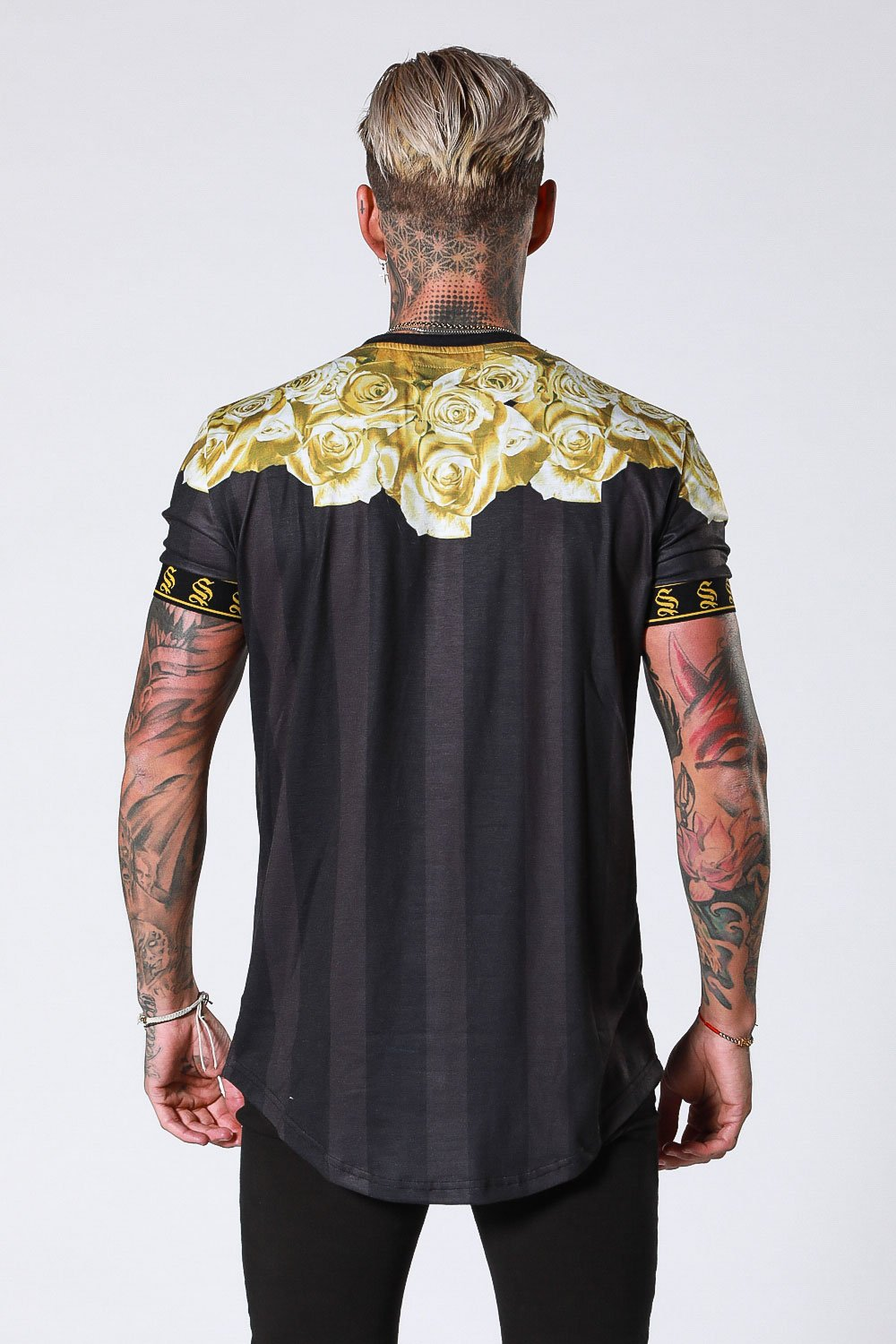 GOLD ROSE GARLAND TEE - BLACK BY SINNERS ATTIRE