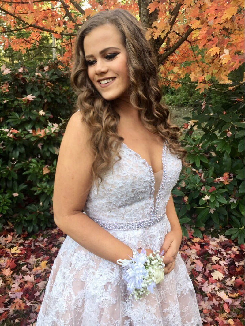 Amazing White Lace Appliques V-neck Beading Short Homecoming Dresses, HD0478