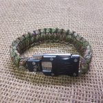 Paracord bracelet with straight blade