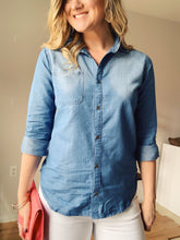 Chambray Button Down Rolled Sleeves Shirt