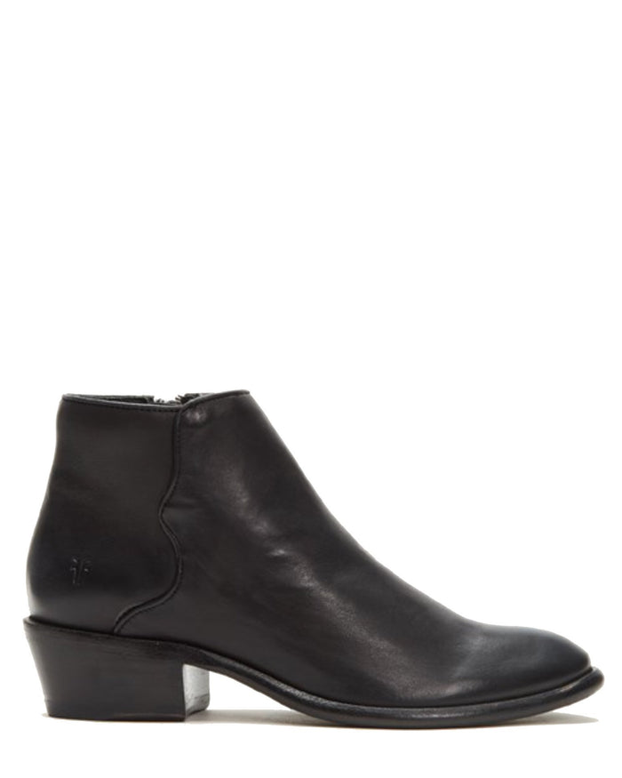 Frye Shoes Black / 6 Carson Piping Bootie