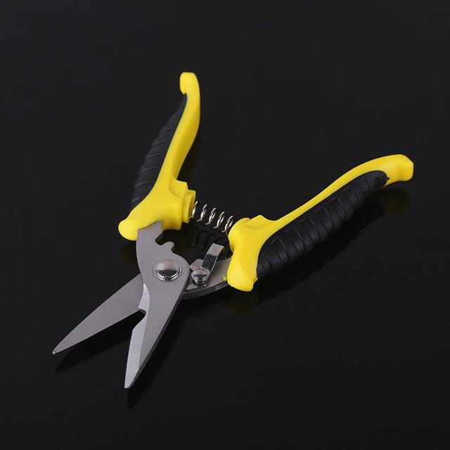 Electronic scissors wire cable cutting