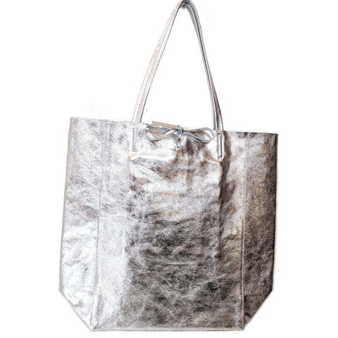 Spacious genuine Italian leather shopper bag with metallic silver finish