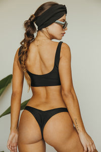 KNOTTY top X TEENY bottom // Nuit
