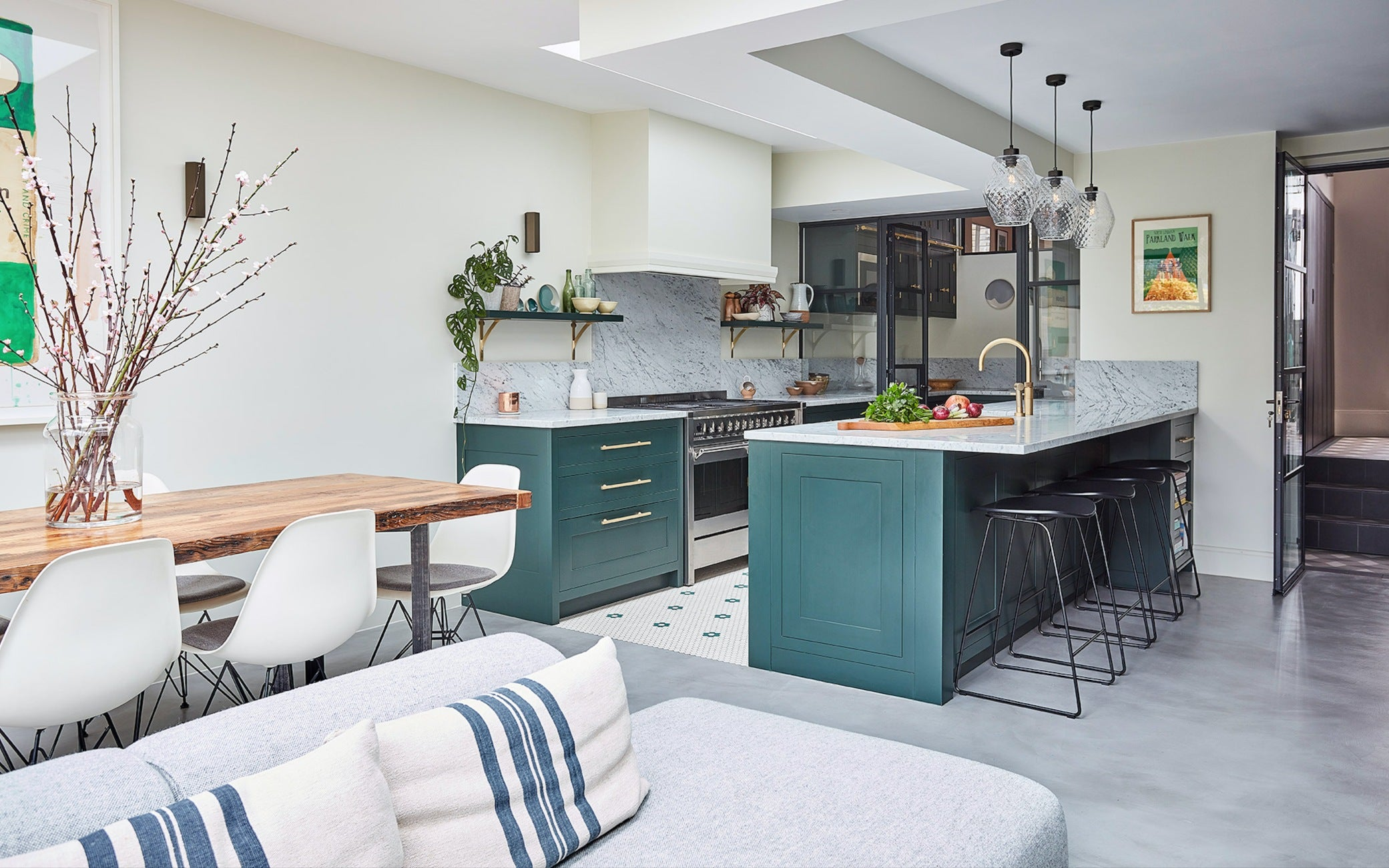 High Gloss Kitchens - The Latest Kitchen Trends in 2019 - LuxDeco.com