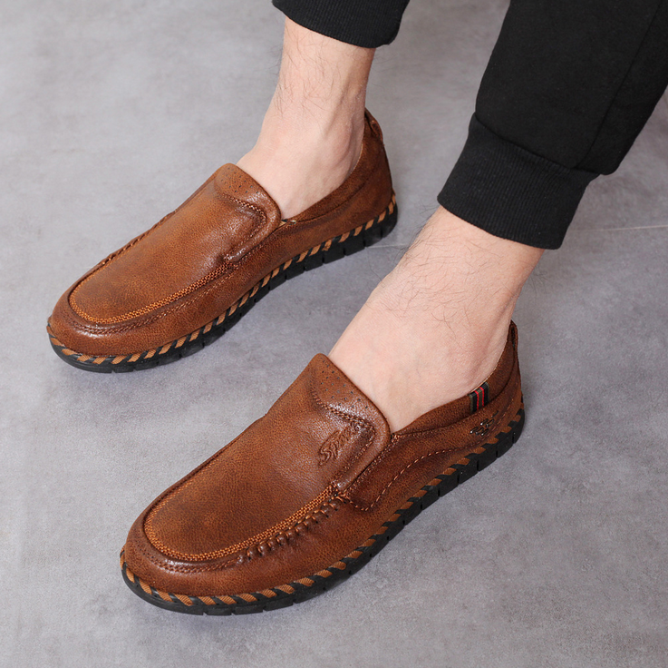 Men Hand Stitching Super Soft Sole Slip On Casual Loafers