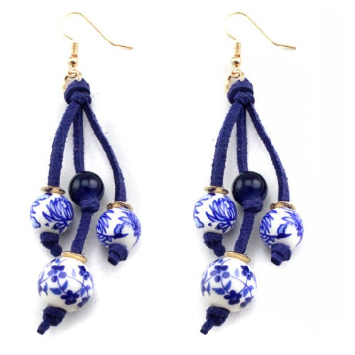 Ceramic and flower print earring - blue