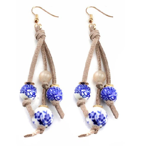 Ceramic and flower print earring - natural