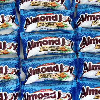 Snack Size Almond Joy - .5oz
