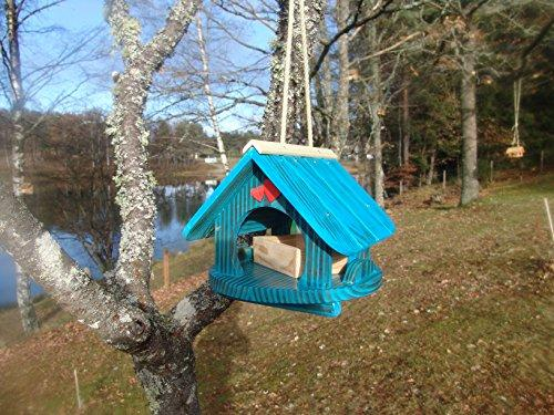 Bird house, bird mansion, feed station, brushed blue, for colorful gardens, for hanging (no chance for cats), made of sturdy Duglasia and pine wood, with untreated pine peas as a gift, all screwed, triple glazed (acrylic), weatherproof. Member of the Fren