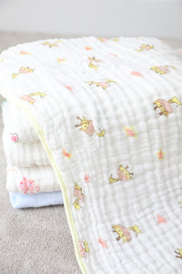 Bath Towel - Yellow Giraffe