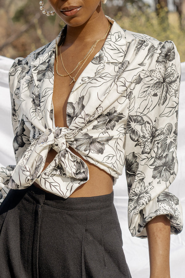 Black and White Floral Print Blouse (M)