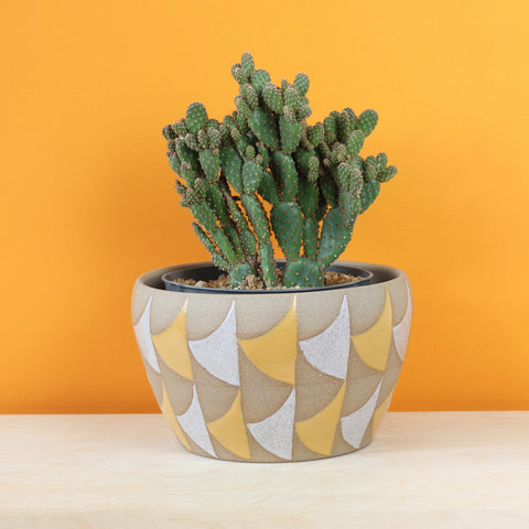 Glazed Stoneware Pot with Curved Triangle Pattern