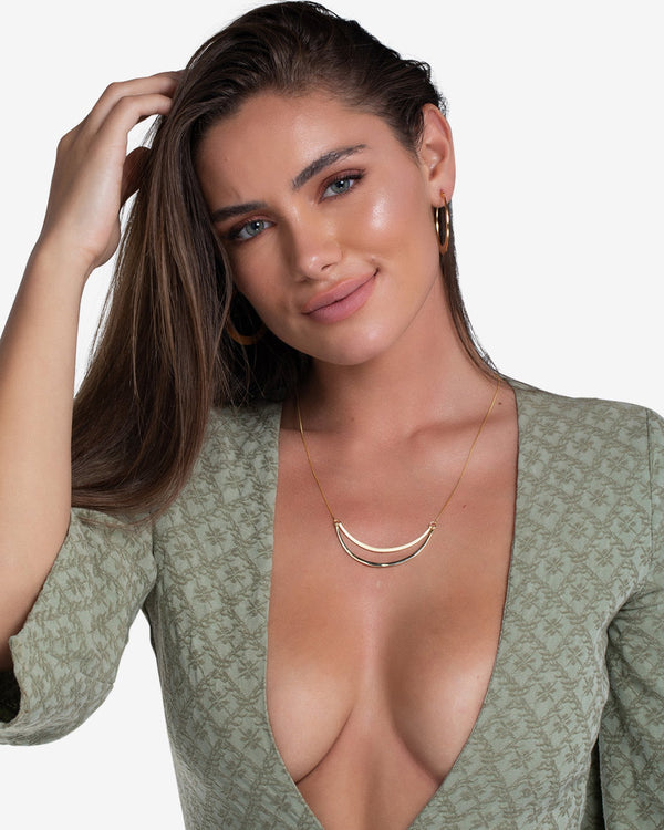 Olivia Bar Necklace