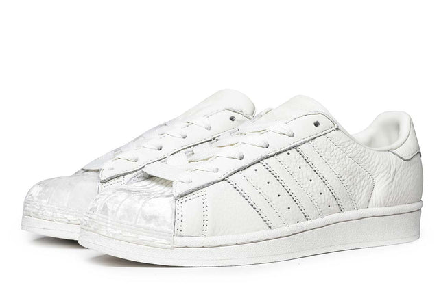 adidas Originals Superstar Sneakers Off White CG6010