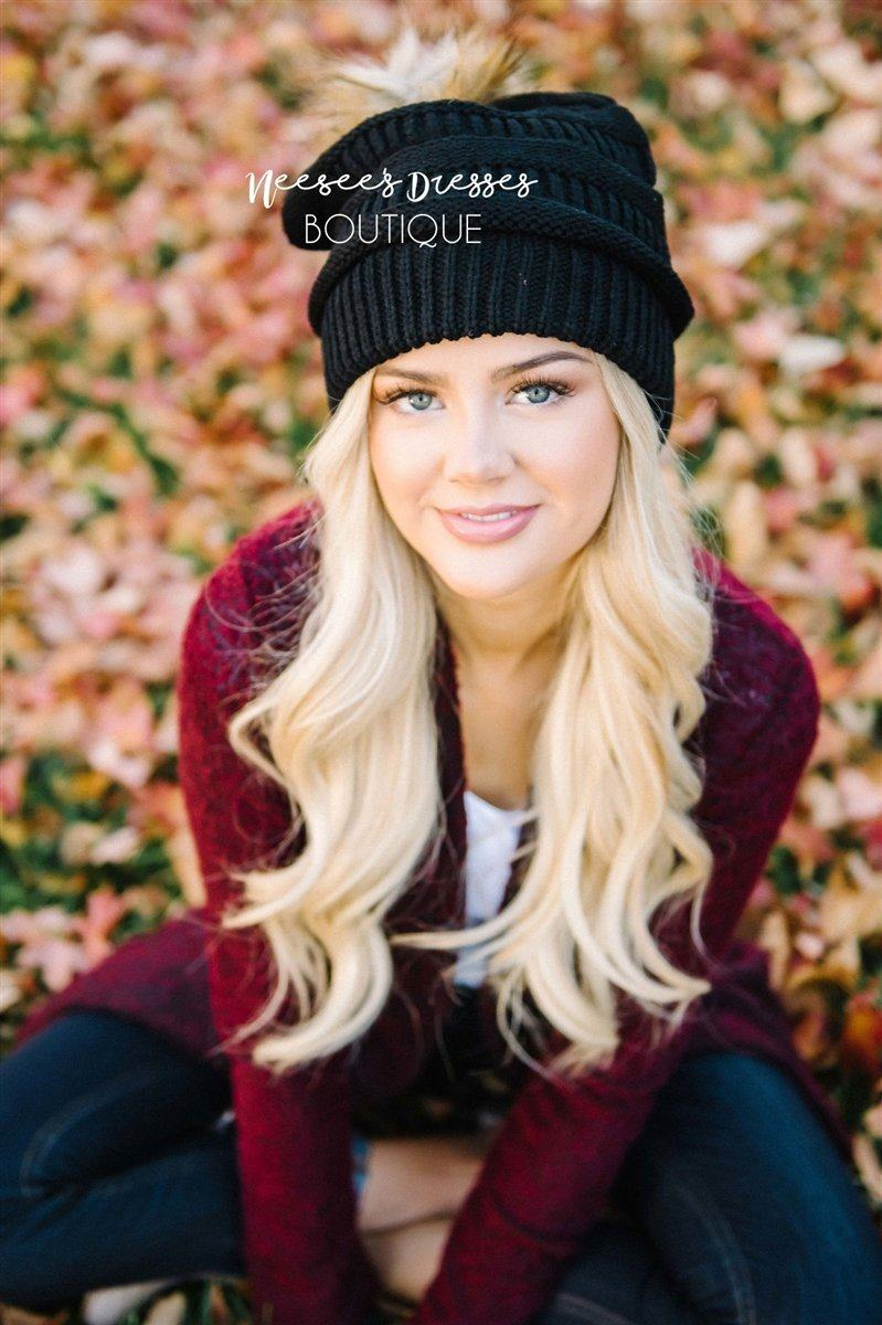 Black Fur Pom Knit Beanie