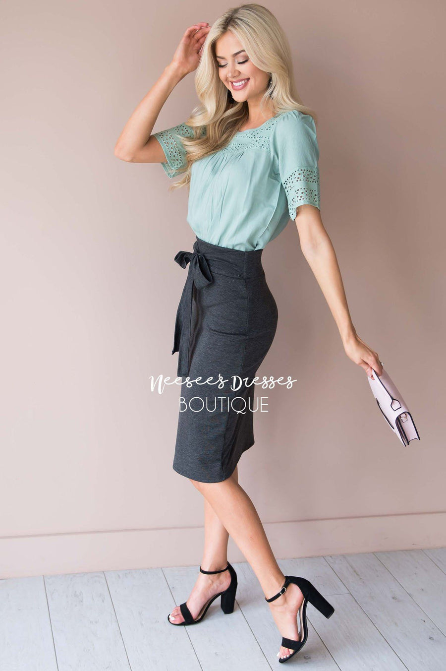On My Side Bow Pencil Skirt