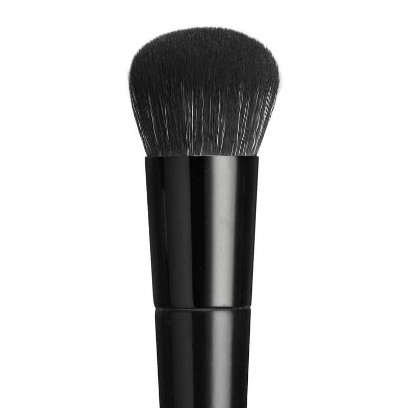 COUTURE FOUNDATION BUFFING BRUSH