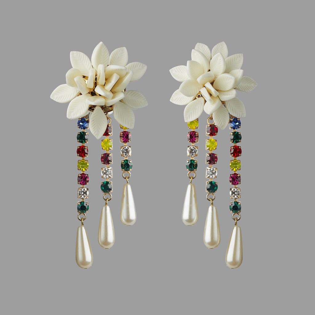 WHITE FLOWER & COLORFUL CRYSTAL DROPS
