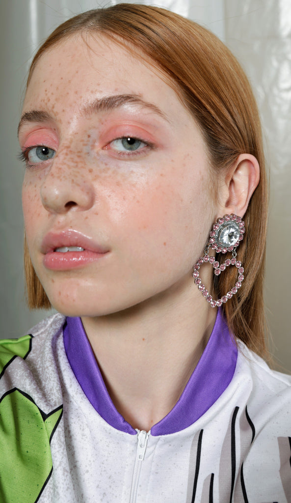 safsafu love me pink earrings on a girl
