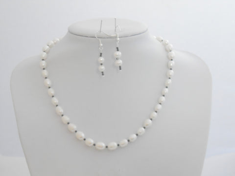 Freshwater Pearl and Black Spinel Necklace Set