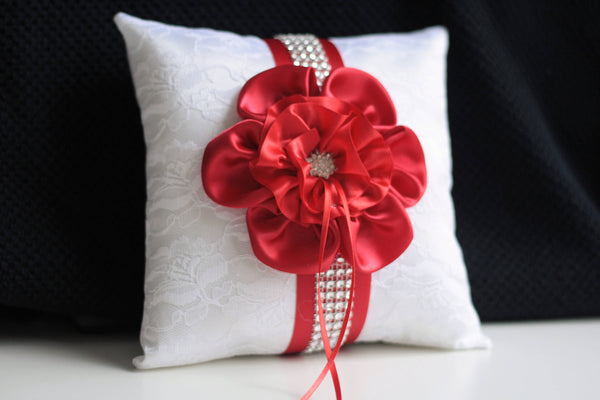 White Red Ring Bearer Pillow / White Lace Bearer / White Wedding Basket / Red Wedding Pillow / Red Bearer pillow / Red Flower Girl Basket