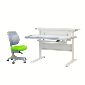 Purely Desk + Speed Ultra Chair