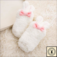 Load image into Gallery viewer, Fluffy Kids Rabbit Socks. (3M-24M) White / 3M