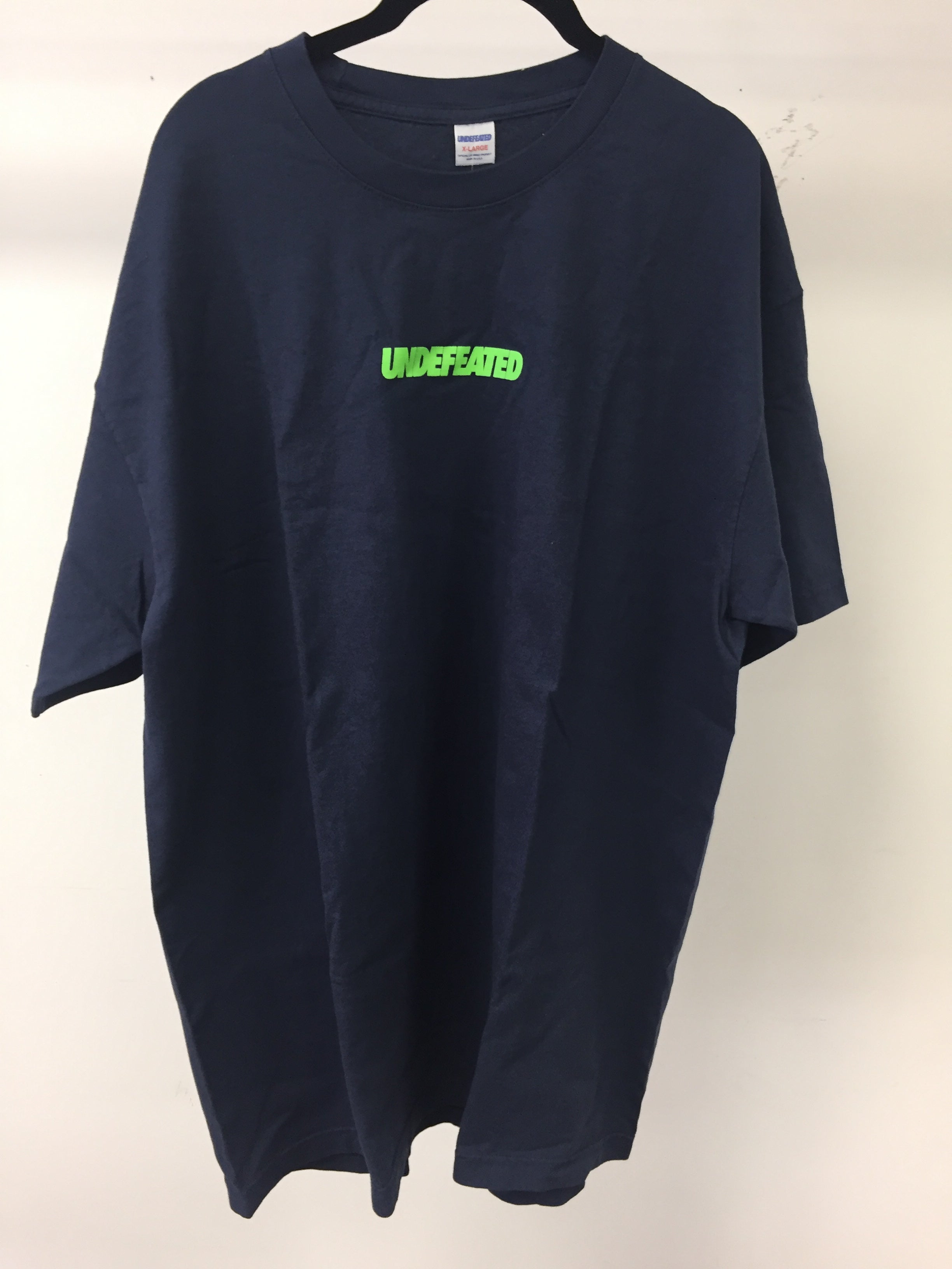 UNDEFEATED - TSHIRT - NAVY - SIZE XL