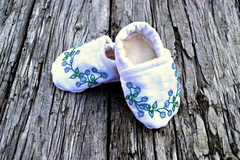 Hand Embroidered Forget Me Not Baby Booties