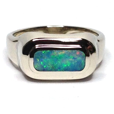 FINE QUALITY OPAL OVAL INLAID RING