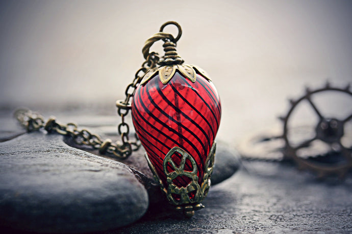 Hot Air Balloon Necklace Red