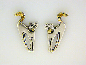 EP070  Cat Small Silver Earring Posts