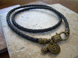 Om Necklace Leather, Mens Om Necklace, Buddha Necklace Leather, Necklace Womens, Buddha Jewelry, Mens, Womens, Om, Ohm, Yoga, Namaste