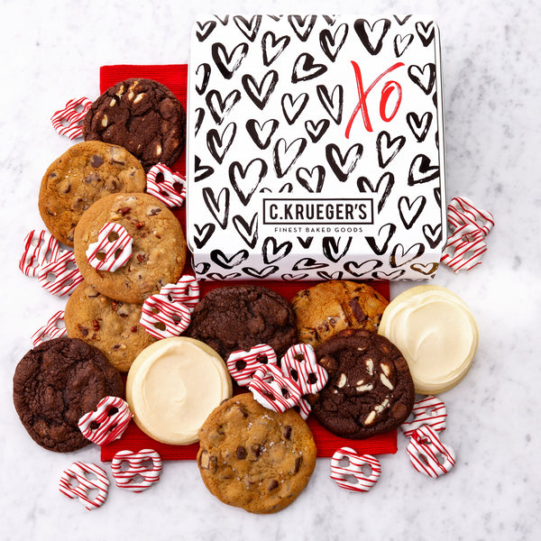 XO Hearts Gift Tin - Cookies & Snacks Assortment