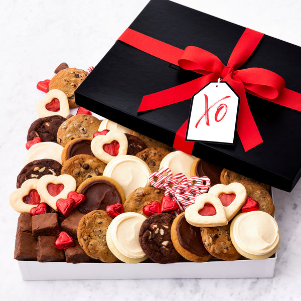 XO Hearts Luxe Gift Box - Cookies & Snacks