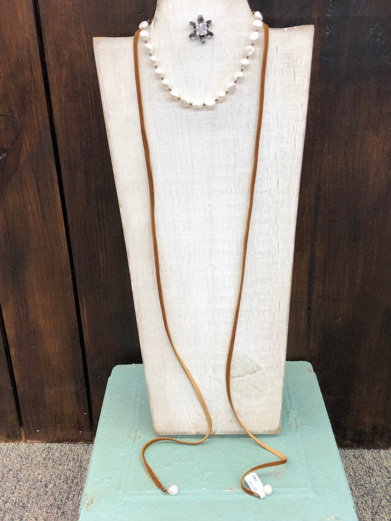 Pearl & Leather Wrap Choker