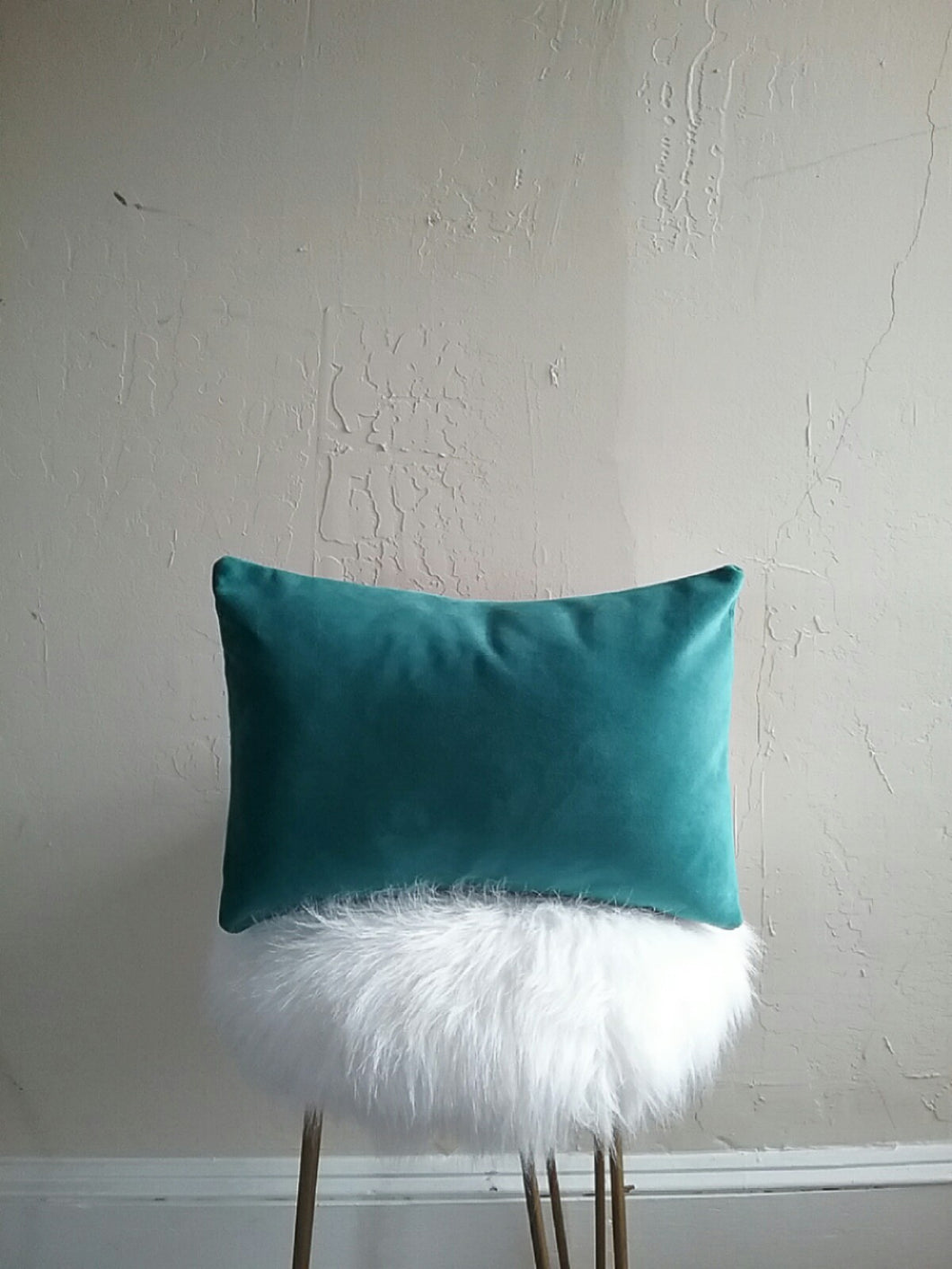 VELVET PILLOW COVER / SEA BLUE