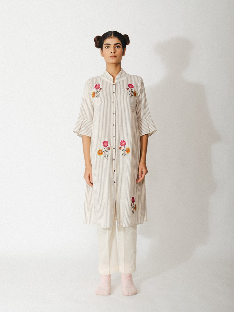 off white handwoven organic cotton robe with embroidered floral detailing image