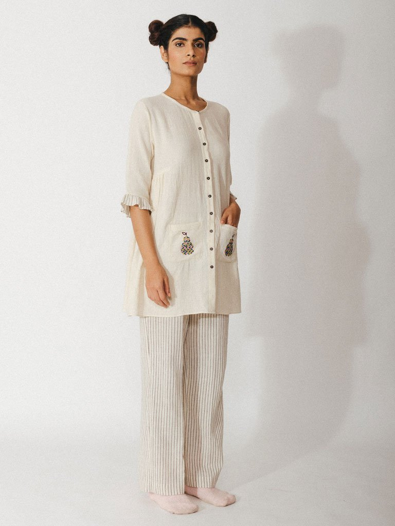 off white handwoven kora khadi tunic with pockets image 3