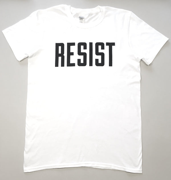 'resist' logo t-shirt