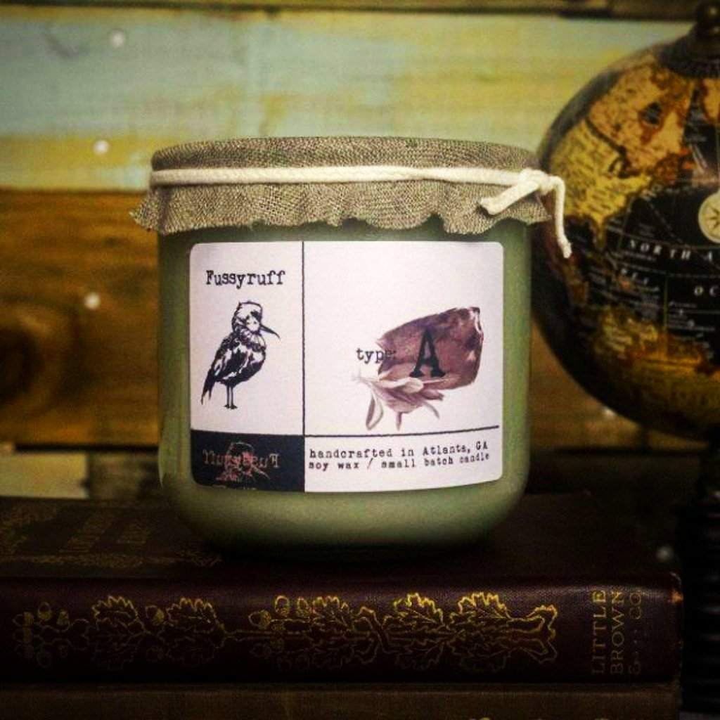 Fussyruff Candle - Type A - Black Amber & Sage