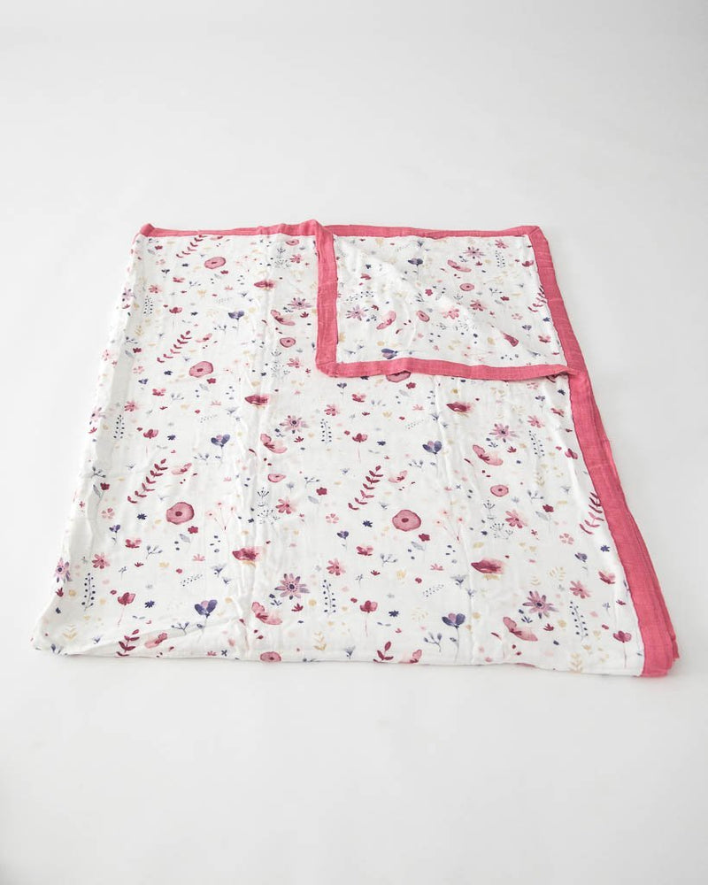 Little Unicorn Big Kid Deluxe Muslin Quilt