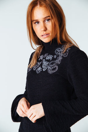 Jolie Embroidered Knit Crop Top
