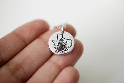 Texas Necklace, detailed on fingers