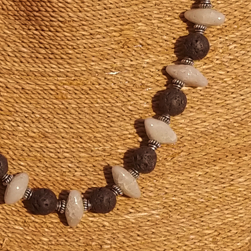 "Men's Necklace in Ivory Faience ""Croc Teeth"" and Black Lava - Em Hotep Collection"