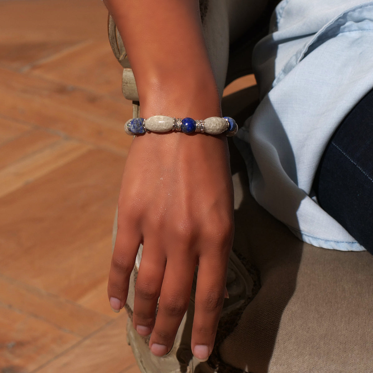 Women's Bracelet in Pearl Grey Faience and Chipped Lapis - Em Hotep Collection
